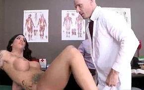 Sex Tape In Hot Adventure Act With Patient And Doctor (austin lynn) movie-05