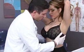 Hardcore Sex Action Standing b continuously Doctor Together with Slut Sex-crazed Patient (yurizan beltran) video-19