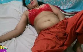 Swathi Indian Bhabhi With Red Shalwar Suit Masturbation