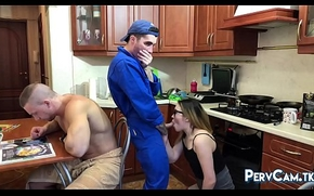 Cheating Girlfriend Blowy Hammer away Handyman