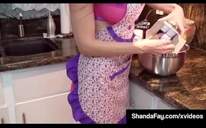 Hot Housewife Shanda Fay Gives Tongue Caring Kitchen Oral-stimulation